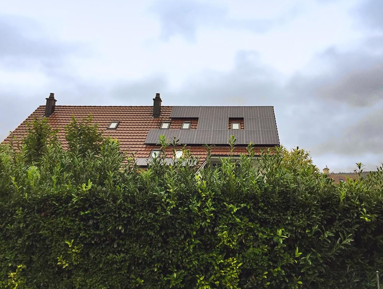 Elektro Compagnoni AG - Einfamilienhaus Embrach, Schrägdach